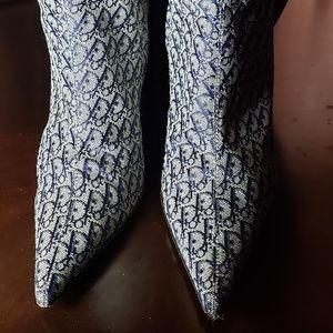 Dior logo boots